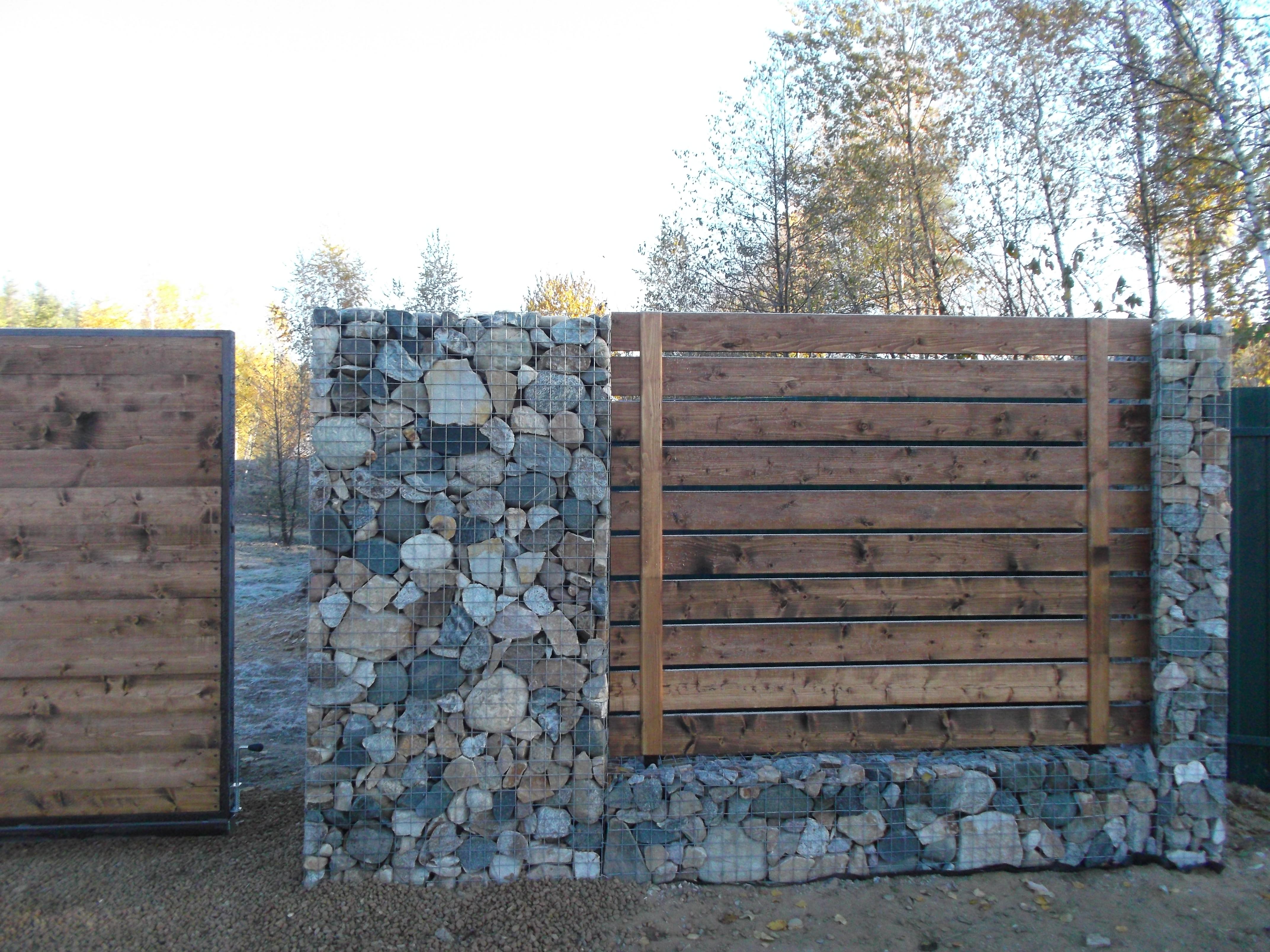 Забор из камня в сетке своими руками фото 839