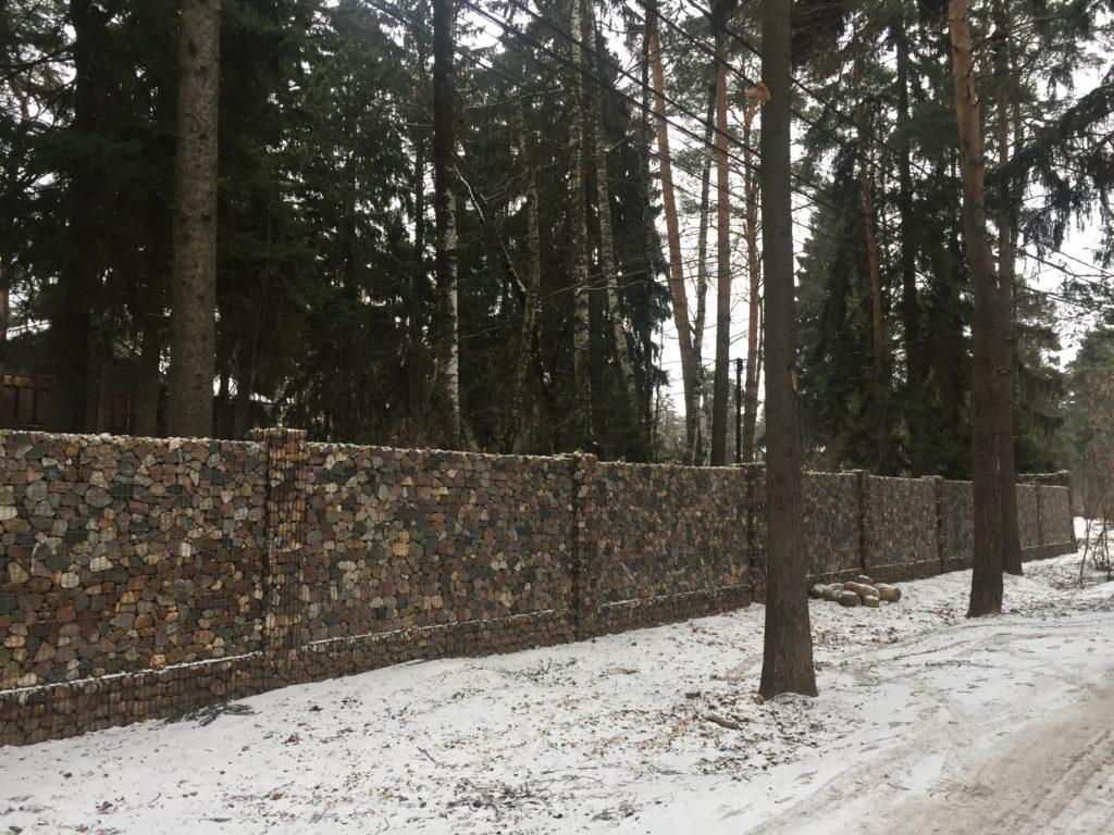 Забор из пергон
