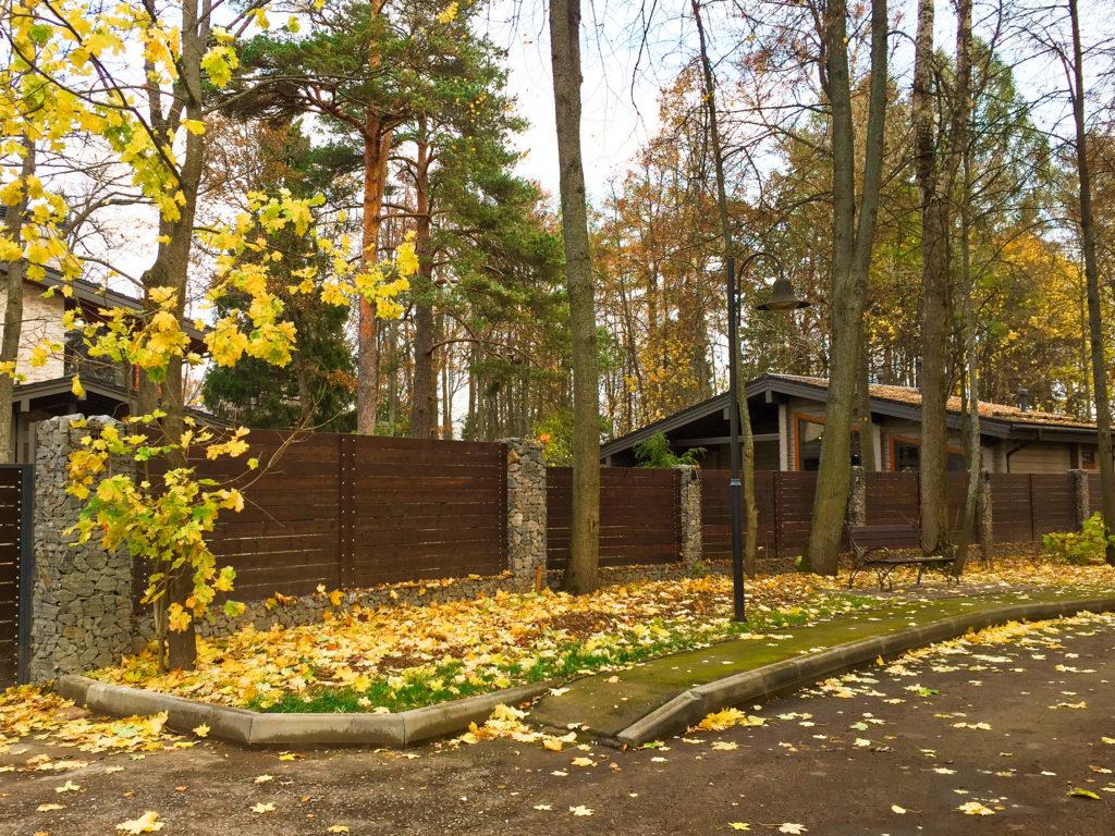 Забор из шабиорнов в Московской области